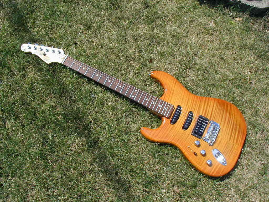 G&L Legacy Deluxe